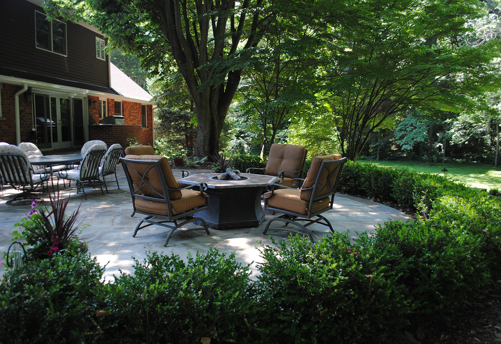 rear entertaining firepit, irregular bluestone patio, private, natural, huntington